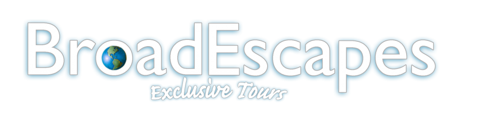 BE Exclusive Tours Logo - White Transparent